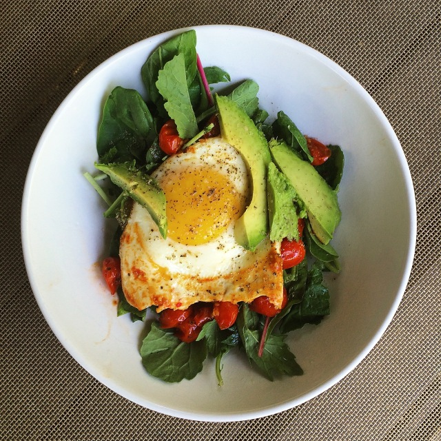 Fried Egg with Sauteed Tomatoes, Avocados, and Power Greens