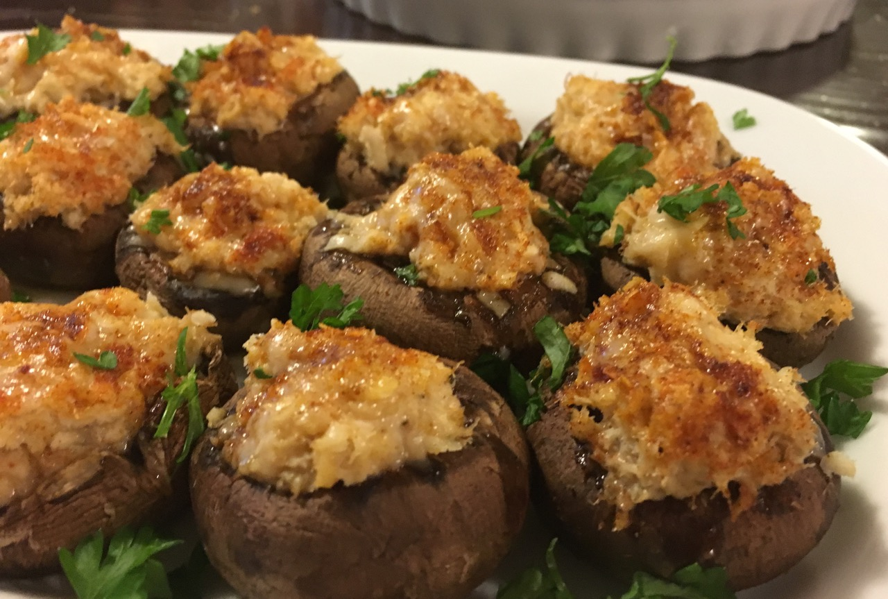 Crab Stuffed Mushrooms | Super Bowl Party!