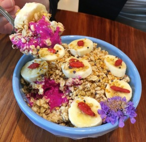 Blenders & Bowls: All About Acai